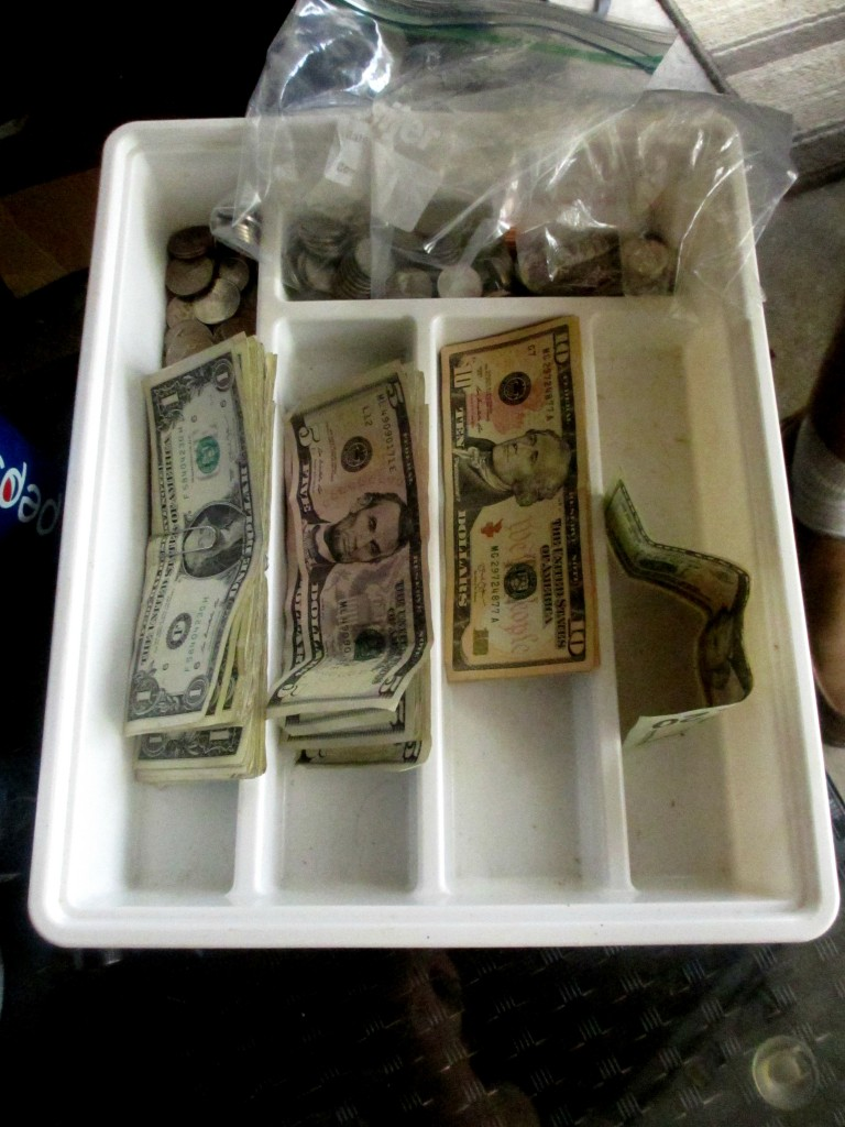 garage sale money organization no cashbox